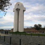 Despre monumentele inutile din orașul meu